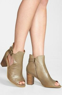 Summer must-have! Peep Toe Bootie