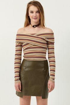 Miranda Faux Leather Skirt Discover the latest fashion trends online at storets.com  #leatherskrit #skirt #fauxleather