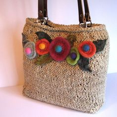 Sweater and felted flowers bag