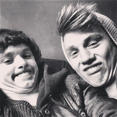 Brad's face tho OMG I'm dying of laughter