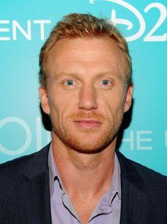 Kevin McKidd... debo admitir que nunca he sido muy fan de los ojos de color, pero es que sus ojos... OMG!!!!