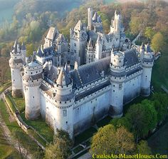 Château de Pierrefonds,  Pierrefonds, Oise département, Picardy, France....    http://www.castlesandmanorhouses.com/photos.htm   ...    The Château is on the southeast edge of the Forest of Compiègne, north east of Paris, between Villers-Cotterêts and Compiègne. The Château still features most of the characteristics of defensive military architecture from the Middle Ages, though it underwent major restoration in the 19th century.