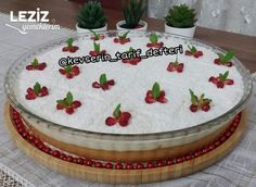 Gorgeous Bridal Cake Recipe - My Delicious Food - Gorgeous Bride Cake Tgelın cake recipe Turkish Recipes, Italian Recipes, Italian Foods, Italian Chicken Dishes, Brides Cake, Cheesecake Recipes, Cheesecakes, Food Cakes, Chicken Recipes