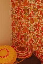 Kuvahaun tulos haulle oranssi tapetti