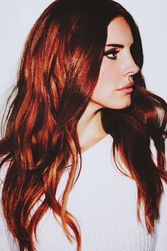 Lana Del Rey she's so pretty