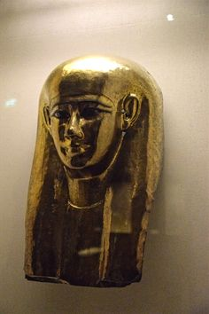 The Museum of the Awesome Mr Gulbenkian: Part One - From Ancient Egypt to China - The Wandering Chickpea Life In Ancient Egypt, Ancient Art, Ancient History, Anubis, Canopic Jars, Egyptian Mummies, Collections Of Objects, Throne Of Glass, Cat Art