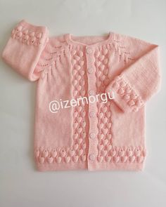 Allah Accept the Martyrdom of Our Martyrs E - Diy Crafts - maallure Baby Sweater Patterns, Cardigan Pattern, Baby Cardigan, Baby Knitting Patterns, Knitting Designs, Baby Vest, Girls Sweaters, Baby Sweaters, Baby Hats Knitting