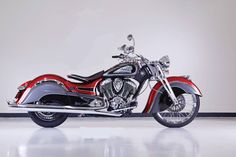 Indian Big Chief Custom Meets New York « MotorcycleDaily.com – Motorcycle News, Editorials, Product Reviews and Bike Reviews