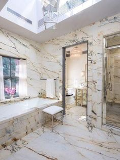 swooning over this luxe all-marble bathroom