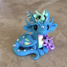 Blue Mama Dragon with Babies by Dragonsandbeasties