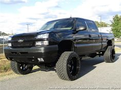 2003 Chevrolet Silverado 2500 HD crew cab short bed LT loaded lifted duramax turbo diesel pick up. Even though this truck has some miles on it, you would not know by driving it. Chevy Trucks Older, Chevy Pickup Trucks, Gm Trucks, Chevrolet Trucks, Diesel Trucks, Lifted Trucks, Chevy 2500hd, Chevy Duramax, Silverado Truck