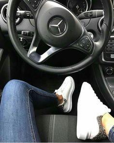 Trendy luxury cars for women mercedes benz girl style – Sport Cars Mercedes G Wagon, Mercedes Maybach, Mercedes Cabriolet, Maybach Car, Black Mercedes Benz, Old Mercedes, Gwagon Mercedes, Mercedes Girl, Mercedes Sprinter
