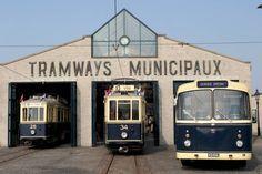 Tram- en busmuseum Frame Tv, Light Rail, Busse, Public Transport, Plane, Transportation, Museum, Iron, City
