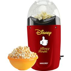 Pipoqueira Disney Mickey Mallory no Shoptime Disney Kitchen Decor, Home Decor Kitchen, Cozinha Do Mickey Mouse, Mickey House, Home Nyc, Fancy Kitchens, Diy Kitchen Storage, Cool Kitchen Gadgets, Disney Home