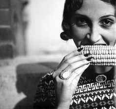 Renée Perle 1930's - Romanian Jewish girl who moved to Paris, is famous as the first muse of the famous French photographer Jacques Henri Lartigue