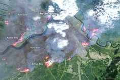 The massive wildfire in the Canadian province of Alberta that entered city limits of Fort McMurray late Tuesday, May and caused mandatory evacuation of the entire city continues to grow in size. Mandatory evacuation orders are in place for Fort Mc. Alberta Canada, Volcano Pictures, Emergency Responder, Fort Mcmurray, Western Canada, Light Images, Psychology Facts, Health Psychology, The Weather Channel