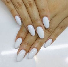 almond acrylic nails that are beautiful! White Oval Nails, Long Oval Nails, White Almond Nails, Short Nails, Long White Nails, Rounded Acrylic Nails, White Acrylic Nails, Almond Acrylic Nails, Rounded Nails