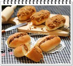 Resep Beef Floss Bun aka Roti Abon mini,-step by step- ^^ oleh Tintin Rayner Pastry Recipes, Bread Recipes, Cooking Recipes, Soft Bread Recipe, Roti Bread, Bread Pizza, Bread Man, Bread Shaping, Bread Toast