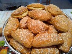 Τραγανά σαν μπισκότο τυροπιτάκια με ζύμη κουρού Pretzel Bites, Food And Drink, Easy Meals, Cooking Recipes, Bread, Recipes, Chef Recipes, Brot