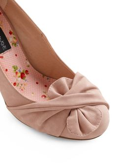 Like It or Knot Heel in Rose