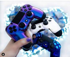 Egamephone provides you with a custom controller. This section continues to provide the latest and most popular custom controller shells, and we let you implement cheap custom controllers Ps4 Headset, Iron Man Avengers, Vaporwave Art, Consoles, Ps4 Controller, Gaming Setup, Gadgets, Mustang Cars, Room Set