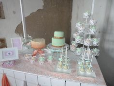 Candy Bar Buffet Ideas, Fashion Poses, Candy Buffet, Bar, Desserts, Tailgate Desserts, Dessert, Candy Stations, Postres
