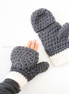 Millbrook Chunky Mittens, free crochet pattern Chunky Crochet Hat, Dog Hats Crochet, Crochet Dog Hat Free Pattern, Quick Crochet Patterns, Chunky Knit Scarves, Crochet Mitts, Crochet Slippers, Crochet Beanie, Easy Crochet