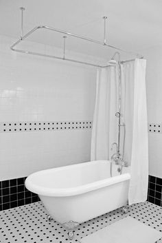 """53"""" Classic Clawfoot Tub and Shower"""