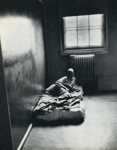 liquidnight:        Lord Snowdon, Mental Hospital, 1968