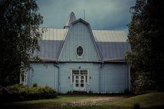KOSKENSAAREN NAULATEHDAS Petäjävedellä Keski-Suomessa sijaitsee vaiettu kulttuuriaarre, Koskensaaren naulatehdas. http://www.naejakoe.fi/nahtavyydet/koskensaaren-naulatehdas/