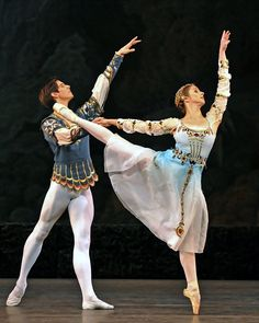 Pas de Trois - Alexander (Xander) Parish and Anastasia Nikitina Ballet Wear, Male Ballet Dancers, Ballet Tutu, Boys Ballet, Dance Ballet, Nutcracker Costumes, Ballet Costumes, Dance Costumes, Ballet Images