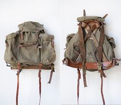 Atelier de l'Armée_Rare vintage swedish military backpack Canvas Leather, Leather Bag, My Bags, Purses And Bags, Vintage Backpacks, Survival, Military Equipment, Vintage Bags, Vintage Canvas
