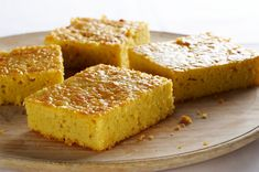 Corn Cake with Suet Recipe Mexican Food Recipes, Real Food Recipes, Yummy Food, Don Pablos Corn Cake Recipe, Bolos Light, Suet Recipe, Mexican Bread, Corn Cakes, Cheese Pies