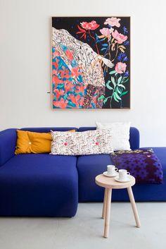Me encanta el azul del sofa