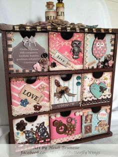 1 million+ Stunning Free Images to Use Anywhere Decoupage Furniture, Painted Furniture, Dyi Crafts, Paper Crafts, Altered Cigar Boxes, Decoupage Vintage, Pretty Box, Craft Storage, Wooden Boxes