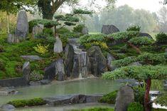 http://www.japan-garten-kultur.de/Wasser_im_Garten-(Koi)-Teiche-6.htm