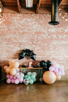 An epic Monster Mash Bash kids Halloween party - 100 Layer Cake Halloween Backdrop, Halloween Balloons, Halloween Banner, Halloween Birthday, Halloween Party Decor, Holidays Halloween, Baby Halloween, First Birthday Parties, Birthday Party Themes