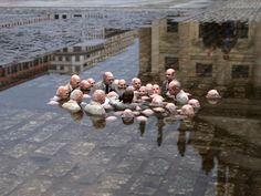 The most creative sculptures and statues from around the world: Politicians discussing global warming is a small-scale sculpture in Berlin created by artist Isaac Cordal. Urbane Kunst, Wtf Fun Facts, Random Facts, Street Artists, Art Plastique, Politicians, Global Warming, Public Art, Urban Art