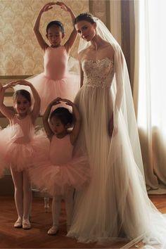 20 Gorgeous Wedding Dresses Under $1000 | BHLDN Wedding Dress | Bridal Musings Wedding Blog