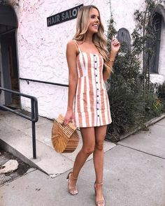Summer Fashion Outfits 2019 – Striped One-Piece Dress - Outfits Spring Work Outfits, Summer Fashion Outfits, Casual Summer Outfits, Outfits For Teens, Spring Summer Fashion, Trendy Outfits, Fashion Clothes, Summer Casual Dresses, Outfit Summer