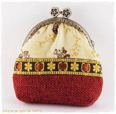 Monedero Spanish Revolution / Kisslock purse Spanish Revolution