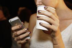 6 tendências para atualizar a manicure de 2017