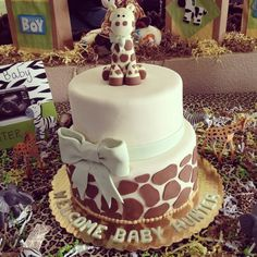 Giraffe cake baby shower  (from Babycenter birth board)