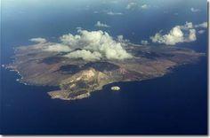 Ascension Island Charles Darwin, Wonderful Places, Beautiful Places, Ascension Island, British Overseas Territories, St Helena, Futuristic Technology, Island Beach, Types Of Plants