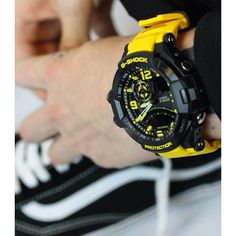 Fashion meets function -G-Shock - GA-1000-9BER ft. Vans trainers