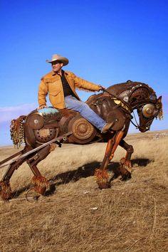 Concept Modeling For Metallic Sculpture : – Picture : – Description John Lopez Studio: Black Hawk photo shoot. -Read More – Metal Yard Art, Metal Tree Wall Art, Scrap Metal Art, Metal Artwork, Metal Art Sculpture, Horse Sculpture, Animal Sculptures, Sculpture Ideas, Hawk Photos