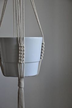 Macrame plant hanger macrame pot holder plant hanger wall decor modern macrame boho home decor housewarming gift hygge home decor DIY macrame hanging planter – infinity knot – Picture World While you're sprucing up your space to make room for a bit Macrame Hanging Planter, Macrame Plant Holder, Hanging Planters, Pot Hanger, Wall Hanger, Tapete Doily, Indoor Plant Hangers, Plants Indoor, Modern Macrame