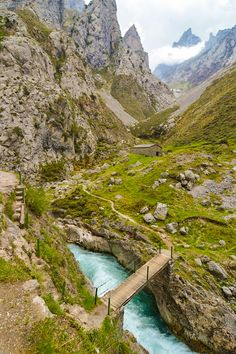 Cares Trail, or Ruta del Cares, Spain Cool Landscapes, Beautiful Landscapes, Places To Travel, Places To See, Wonderful Places, Beautiful Places, Asturias Spain, Beau Site, Spain And Portugal