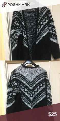 Black and white oversized sweater Like new; purchased from Asos: armpit to armpit 25inches, length 35inches ASOS Sweaters