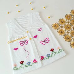 Baby Knitting Patterns, Baby Patterns, Diy Clothes, Kids Outfits, Cross Stitch, Vest, Sweaters, Handmade, Fashion